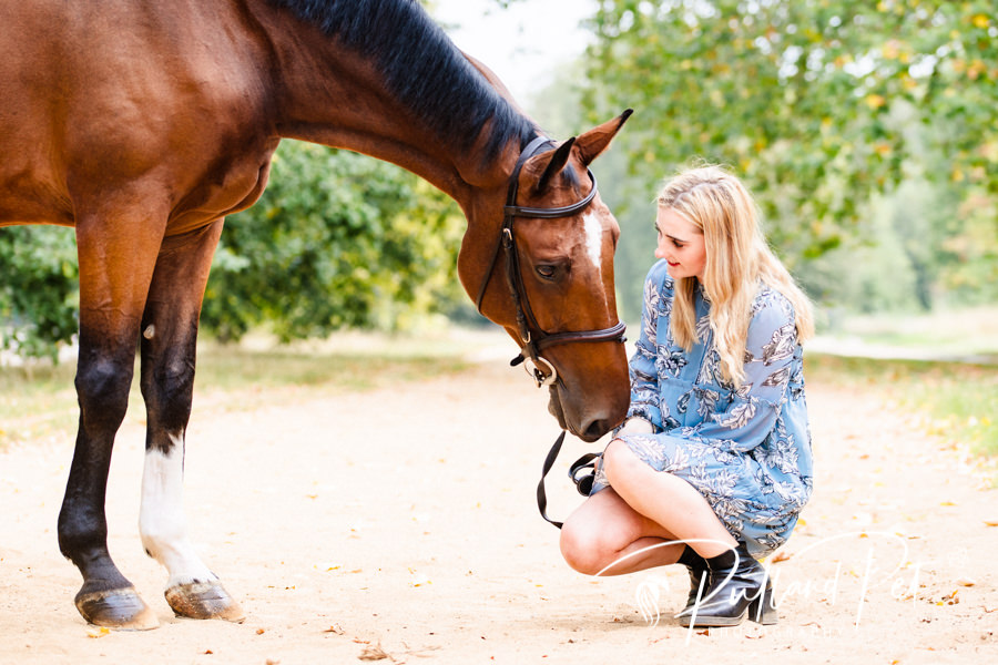 Jodie Hall McAteer with her horse in london